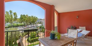 Holiday apartment in well maintained complex close to the beach in Santa Ponsa (Thumbnail 2)