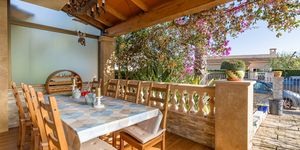 Well maintained townhouse close to the harbor in Portocolom (Thumbnail 3)