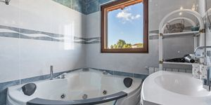 Well maintained townhouse close to the harbor in Portocolom (Thumbnail 9)