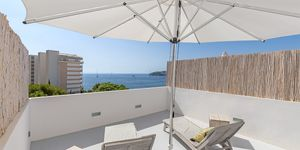 Modern penthouse with sea views in Palmanova (Thumbnail 2)
