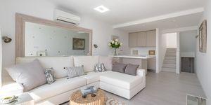 Modern penthouse with sea views in Palmanova (Thumbnail 4)