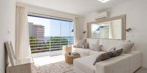 Modern penthouse with sea views in Palmanova (Thumbnail 3)