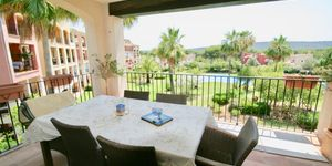 Golf apartment for sale close to Port Adriano (Thumbnail 3)