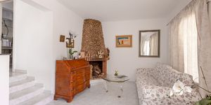 Reihenhaus in Paguera - Immobilie mit Potenzial nah am Strand (Thumbnail 7)