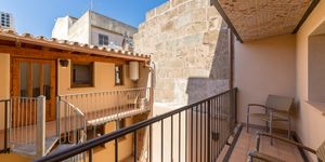 Renovated townhouse with lots of charm in a central location of Llucmajor (Thumbnail 5)