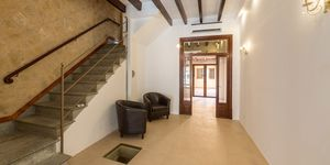 Renovated townhouse with lots of charm in a central location of Llucmajor (Thumbnail 6)