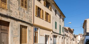 Stadthaus in Llucmajor - Perfekt renovierte Immobilie mit viel Charme (Thumbnail 1)