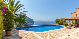 Fantastic villa with first class sea views in Port Andratx (Thumbnail 1)