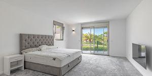 Villa in Santa Ponsa - Modernisiertes Anwesen mit Teilmeerblick (Thumbnail 9)