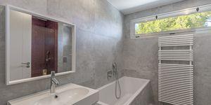 Villa in Santa Ponsa - Modernisiertes Anwesen mit Teilmeerblick (Thumbnail 10)