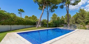 Villa in Santa Ponsa - Modernisiertes Anwesen mit Teilmeerblick (Thumbnail 4)