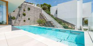 Luxus Villa in exklusiver Wohnlage und Weit-Meerblick (Thumbnail 2)