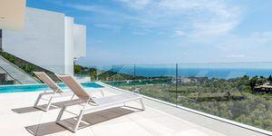 Luxus Villa in exklusiver Wohnlage und Weit-Meerblick (Thumbnail 1)