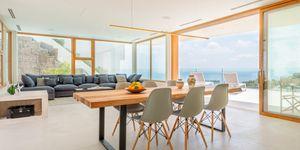Luxus Villa in exklusiver Wohnlage und Weit-Meerblick (Thumbnail 4)