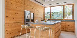 Luxus Villa in exklusiver Wohnlage und Weit-Meerblick (Thumbnail 7)