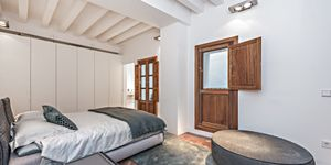 Luxury apartment over two floors in a central location of Palma (Thumbnail 4)