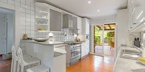 Villa with sea views in a quiet location of Son Font, Calvia (Thumbnail 5)