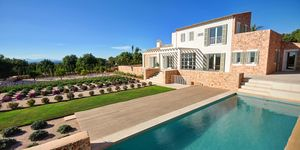 Krásný venkovský dům s exkluzivním výhledem na krajinu v Cas Concos (Thumbnail 1)