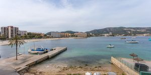Completely renovated apartment with sea views in Torrenova (Thumbnail 3)