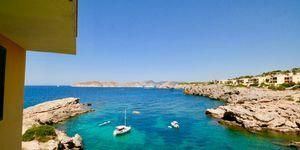 Wohnung in 1. Meereslinie und Blick auf die Malgrats Inseln (Thumbnail 3)