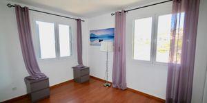 Wohnung in 1. Meereslinie und Blick auf die Malgrats Inseln (Thumbnail 8)