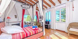 Středomořská vila s výhledem na moře v městečku Deiá, Mallorca (Thumbnail 3)