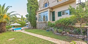 Středomořská vila s výhledem na moře v městečku Deiá, Mallorca (Thumbnail 6)