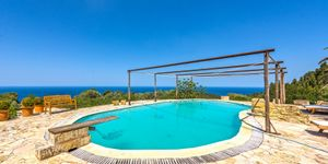 Historic country house with lots of charm and sea views in Estellencs (Thumbnail 2)