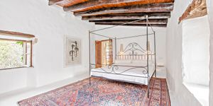 Historic country house with lots of charm and sea views in Estellencs (Thumbnail 6)