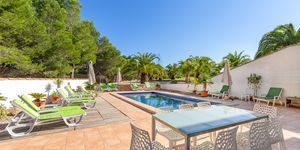 Spacious finca with pool in Ses Salines (Thumbnail 5)