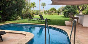 Villa in Santa Ponsa - Mediterranes Chalet in gepflegter Golfanlage (Thumbnail 2)