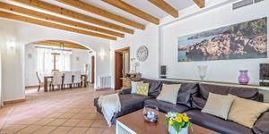 Villa in Deiá - Luxusimmobilie mit Meerblick an der Westküste (Thumbnail 4)