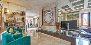 Luxury villa with large plot in Esporles (Thumbnail 4)