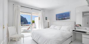 Světlý byt s fantastickým výhledem na moře v Cala Llamp, Port Andratx (Thumbnail 9)