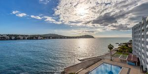 Renovated beach apartment for sale in Santa Ponsa (Thumbnail 8)