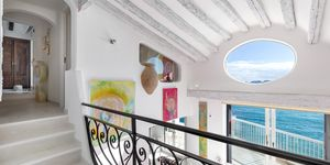 Fantastic apartment in Cala Fornells with unique sea views (Thumbnail 2)