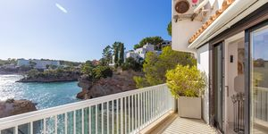 Fantastic apartment in Cala Fornells with unique sea views (Thumbnail 5)