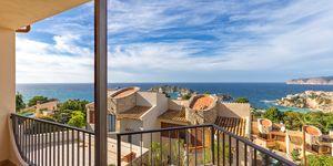 Reihenhaus in Santa Ponsa - Mediterrane Immobilie mit perfektem Meerblick (Thumbnail 1)