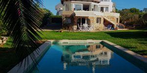 Mediterrane Meer- und Hafenblick Villa mit 3 getrennten Wohneinheiten in Portocolom (Thumbnail 2)