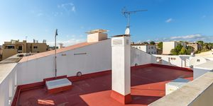 Well maintained penthouse with roof terrace in Son Ferrer (Thumbnail 9)