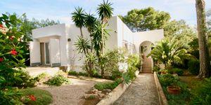 Mediterranes Haus mit viel Potential und Ferienvermietungslizenz (Thumbnail 1)