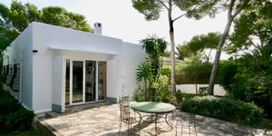 Mediterranes Haus mit viel Potential und Ferienvermietungslizenz (Thumbnail 4)
