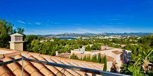 Villa in exklusiver Wohnlage nahe zu Port Adriano (Thumbnail 2)