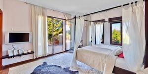 Villa in exklusiver Wohnlage nahe zu Port Adriano (Thumbnail 6)