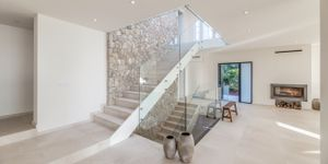 Modern villa with sea views in desirable location of Bendinat (Thumbnail 9)