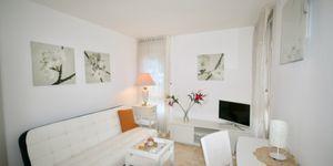Helles Apartment mit Teilmeerblick in beliebter Wohnlage (Thumbnail 8)