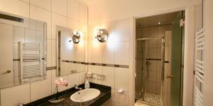 Helles Apartment mit Teilmeerblick in beliebter Wohnlage (Thumbnail 7)