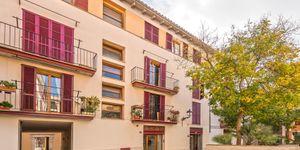 Apartment for renovation in the center of Palma de Mallorca (Thumbnail 1)