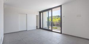 Neue Villa im modernen Stil ohne Möbel (Thumbnail 8)