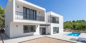 Neue Villa im modernen Stil ohne Möbel (Thumbnail 1)